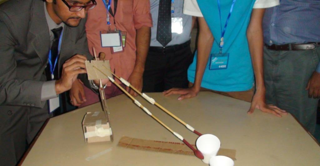 Τα Ελληνικά φοιτητικά τμήματα του IEEE πρωταγωνιστούν στις δραστηριότητες εκπαίδευσης εκπαιδευτικών TISP (φωτογραφία από το ΤΕΙ Ιονίων Νήσων)